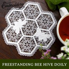 Create a buzz at your next party with this sweeter than honey lace doily! Take a look at our project instructions on how to create your very own using your embroidery machine. Hand Embroidery Patterns Flowers, Embroidery Applique, Beaded Embroidery, Flower Patterns, Machine Embroidery Designs, Sewing Patterns, Diy Mother's Day Crafts, Mothers Day Crafts, Honey Lace