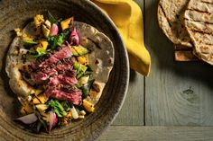 Recipe: Grilled steak and vegetables with tortillas || Photo: Francesco Tonelli for The New York Times