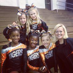 """Fab 5"" Cheer Perfection my fav girlys r Cassidy , Maggie , Kiley ! <3 wanna meet u guys"