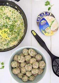 Pulpeciki drobiowe z kaszą jaglaną w wiosennym kremowym sosie warzywnym  - etap 7 Curry, Ethnic Recipes, Food, Pineapple, Curries, Essen, Meals, Yemek, Eten
