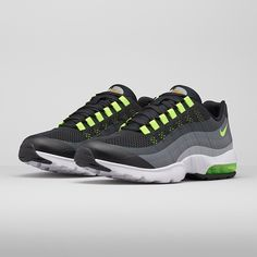 Latest Nike Air Max 95 Trainer Releases & Next Drops Nike Air Max 87, Cheap Nike Air Max, Nike Shoes Cheap, Nike Free Shoes, Running Shoes Nike, Air Max 95 Womens, Air Max Women, Nike Heels, Nike Wedges