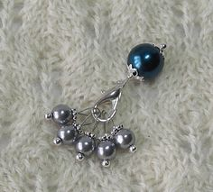 Knitting Stitch Markers - smoky gray deep sapphire pearls - 5 snag free and 1…