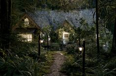 Breaking Dawn Part 2-Edward and Bella's house