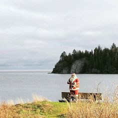 Santa on the inlet 🎅🤶 Happy Holidays to all! Happy Holidays, Christmas Holidays, Haida Gwaii, Holiday Treats, Halloween Party, Tourism, Santa, Parties, Lifestyle