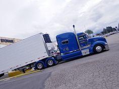 BIG. BLUE Big Rig Trucks, Semi Trucks, Cool Trucks, Peterbilt 386, Peterbilt Trucks, Custom Big Rigs, Custom Trucks, Buses, Rooster