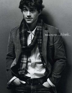 Hugh Dancy *swooning forever*