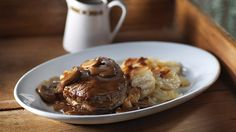 Beef Chasseur with Scalloped Potatoes Potato Side Dishes, Main Dishes, Roast Gravy, Beef Recipes, Cooking Recipes, Tenderloin Steak, Beef Steak, Cravings, Dinner Recipes