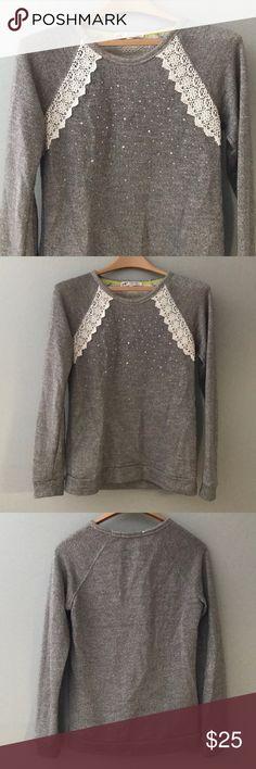 Beautiful Gray Glitter/Lace Sweater from Buckle Beautiful size small gray glitter/lace/diamond sweater from the buckle. Jolt Sweaters