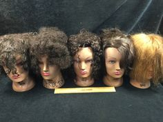 ASSORTMENT OF COSMETOLOGY MANICURE SALON PRACTICE HAIRDRESSING TRAINING HEADS, EIGHT NAOMI AND TWO TAMMIES
