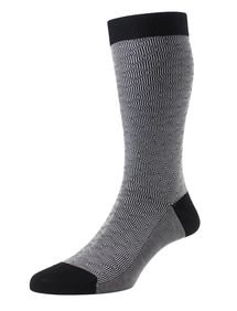 Aldgate men's black patterned socks by Pantherella. Made in England from Egyptian cotton lisle
