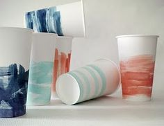 tutorial on watercolor party cups. Great idea for a low budget wedding or party. Diy Party Cups, Lila Party, Carton Diy, Low Budget Wedding, Ideias Diy, Painted Paper, Painted Cups, Hand Painted, Blog Deco