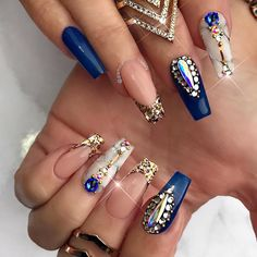 34k Followers, 156 Following, 930 Posts - See Instagram photos and videos from ✨LUXURY NAIL LOUNGE✨ (@glamour_chic_beauty)