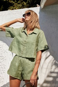 NEW NOW: French linen clothing, in Palm Green. A beautiful inspired short set that you can Mix and Match. Two new styles, four new colourways. Ready to shop the Elle Poppy loungewear set. Trendy Outfits, Summer Outfits, Cute Outfits, Fashion Outfits, Simple Outfits, Fall Outfits, Green Outfits, Basic Outfits, Office Outfits