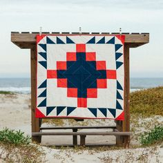 """Lovely """"Grandfather Quilt"""" by Laura Preston of Vacilando Quilting."""