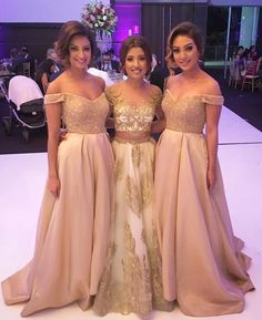 2017 Off the Shoulder Sweetheart Long Wedding Bridesmaid Dresses, WG380 The dress is fully lined, 4 bones in the bodice, chest pad in the bust, lace up back or zipper back are all available. This dres