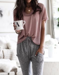 pink blouse and gray drawstring bottoms. # lazy day Outfits Perfect Fall Outfits To Inspire Yourself Loungewear Outfits, Pajama Outfits, Cute Lazy Outfits, Casual Outfits, Cute Lounge Outfits, Cute Outfits With Sweatpants, Fashion Sweatpants, Gray Outfits, Look Fashion