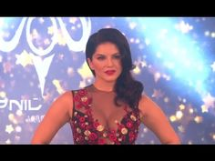 Sunny Leone's GLAMOROUS ramp walk at India Beach Fashion Week 2017. Beach Fashion, Sunnies, Interview, Glamour, Photoshoot, India, Tank Tops, Youtube, Pictures