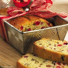 Gooseberry Patch Recipes: Mrs. Claus' Christmas Bread from Soups, Stews &  Breads Cookbook