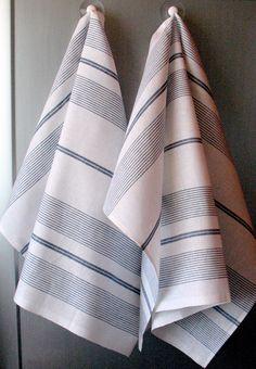 Linen Cotton Dish Towels Tea Towels set of 2 by Coloredworld, $15.90 Linen Towels, Dish Towels, Tea Towels, Loom Weaving, Hand Weaving, Weaving Projects, Bath Linens, Luxury Bath, Weaving Patterns