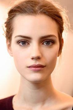 Total nude: una piel perfecta como mejor make-up para el otoño Viktor & Rolf Otoño / Invierno 2013