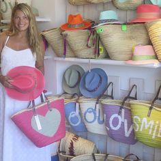 #lovingmiami #musthave #verano2014 #puertobanus #stellarittwagen http://blog.hola.com/loving-miami/2014/07/stella-rittwagen-y-los-must-del-verano/