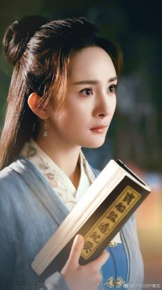 Yang Mi 杨幂 - Brotherhood of Blades 《绣春刀·修罗战场》 2017 Heavenly Sword, Peach Blossoms, Chinese Actress, Chinese Culture, Historical Pictures, Hanfu, Scarlet Heart, Beautiful Asian Girls, Chinese Movies