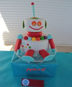 Papilles On/Off: Gâteau robot / Sweet table anniversaire Robot  - T...