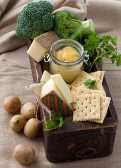 A super - delicious cheese platter!