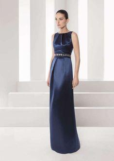 vestido-color-azul-de-seda