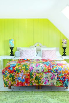I love these bright cheerful colors!