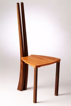 Cadeira BI / BI Chair / Louro Chumbo & Amburana (certified wood). Design by André Marx, 2006. Mais em:www.andremarx.com.br