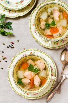 "The simplest ""Ukha"" (Russian fish soup) // Уха"