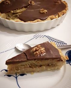 Seeking Sweetness in Everyday Life - CakeSpy - What Happens When You Melt 15 Candy Bars in a Pie Crust Danish Dessert, Danish Food, Baking With Kids, Food Humor, Love Cake, Dessert Recipes, Desserts, Holiday Baking, Food Cravings