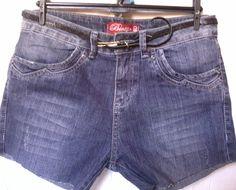era uma vez R$80,00 era uma calça. não gostou.cortou.continuou não gostando.nunca usada.tamanho: 40.