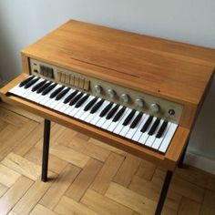 1000 images about synthesizer keyboard on pinterest electric piano hammond organ and diana. Black Bedroom Furniture Sets. Home Design Ideas