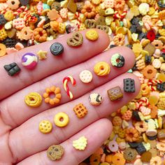 Miniature Sweets Fimo Cabochon Mix / Assorted Polymer Clay Sweets (6pcs by Random) Dollhouse Food Earrings DIY Nail Art Decoration NAC198