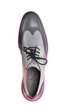 Cole Haan Wing-Tip in candy pastels of grey an pink - mens walking shoes, discount mens shoes, mens shoes us Sharp Dressed Man, Well Dressed Men, Brogues, Loafers, Mode Shoes, Look Man, Fashion Shoes, Mens Fashion, Men S Shoes
