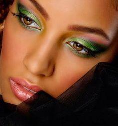Mujer Estilo y Belleza Maquillaje para Mujeres Morenas 2015