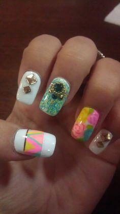 Summer pastel nails