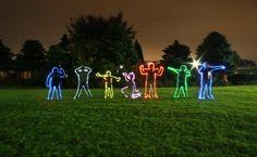 Metro Photo Challenge 2012, Daily Winner Holland 2012-09-26 - Glow in the Dark Kids