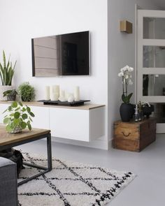 37 brilliant solution small apartment living room decor ideas and remodel 27 Home Living Room, Interior Design Living Room, Living Room Designs, Living Room Decor, Living Room Candles, Dining Room Shelves, Small Apartment Living, Bedroom Furniture Design, Kitchen Furniture