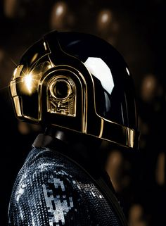That helmet...