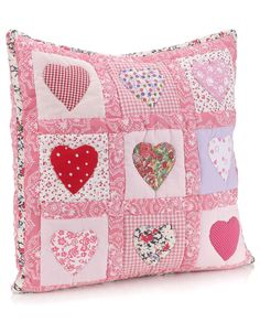 Sewing Cushions interesting patchwork from monsoon - Applique Cushions, Patchwork Cushion, Sewing Pillows, Quilted Pillow, Quilting Projects, Sewing Projects, Fabric Crafts, Sewing Crafts, Heart Cushion
