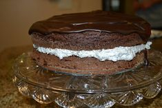 Oreo Chocolate Cake: Devils food cake, semi-sweet chocolate, Oreos, butter, cream cheese, and Cool Whip (although I would use real whip cream!!) Chocolate Oreo Cake, Chocolate Lovers, Chocolate Recipes, Yummy Recipes, Cake Recipes, Dessert Recipes, Just Desserts, Delicious Desserts, Desert Recipes