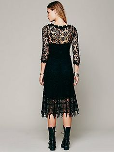 Черное кружевное платье, имитация вязания крючком от Free_People  Lace dress black, maxi dress from Free People  #lace_dress_black #Free_People  #Machine_made_crochet