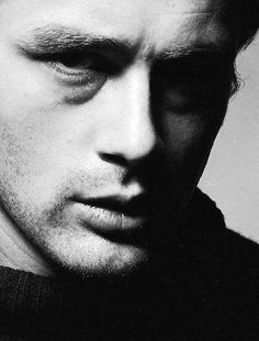 James Dean is indescribable. James Dean represented everything young and fresh. Now, he's, as James Franco put, almost like a myth. James Dean, James 3, James Franco, Vintage Hollywood, Classic Hollywood, Beautiful Men, Beautiful People, Celebrity Gallery, Famous Faces