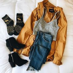 ✨FLASH SALE ✨ Holiday Socks+ Darren Parka + Kira Knit + Gracie Jeans + Christina Booties + 30% off w code FLASH30 🍂✨🎃 Www.bellexo.com🌲 #ootd #fashion #style #fall #backtoschool #sale #falloutfit #fallfashion #falllooks #falltrends #inexpensive #boutique #california #sweater #love Holiday Socks, Moda Fashion, Fall Winter Outfits, Spring Outfits, Autumn Winter Fashion, Le Jolie, California Sweater, Casual Outfits, Classy Outfits