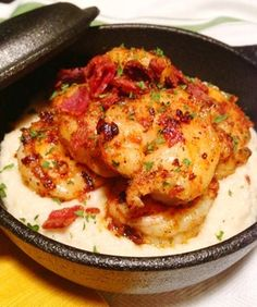 cajun spiced shrimp over cauliflower grits-- paleo comfort food at its finest. ill be buying some cauliflower from the grocery this week . Cajun Recipes, Seafood Recipes, Paleo Recipes, Whole Food Recipes, Cooking Recipes, Paleo Food, Cooking Tips, Sin Gluten, Gluten Free