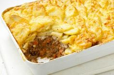 Mary Berry and Lucy Young special: Shepherd's pie dauphinois Pie Recipes, Dinner Recipes, Cooking Recipes, Lamb Recipes, Savoury Recipes, Savoury Dishes, Healthy Recipes, Savoury Bakes, Venison Recipes