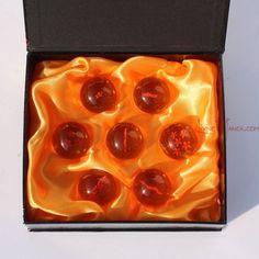 Set de 7 bolas de dragón, de 1 a 7 estrellas, con estrella en 3D de 4cm. 19,65€ #LivingManga #LM